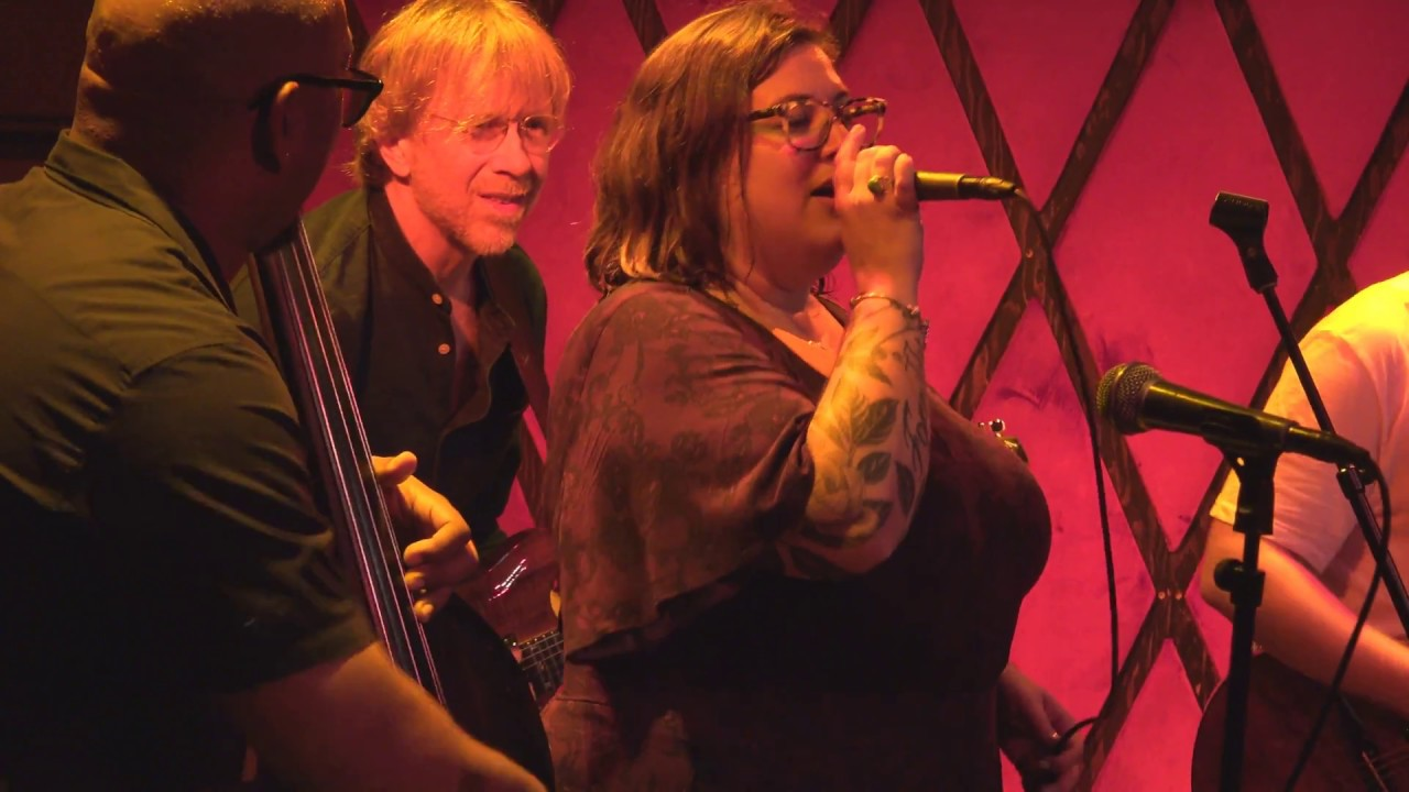 Watch: Trey Anastasio and Christian McBride sit in with TAB's Jennifer Hartswick