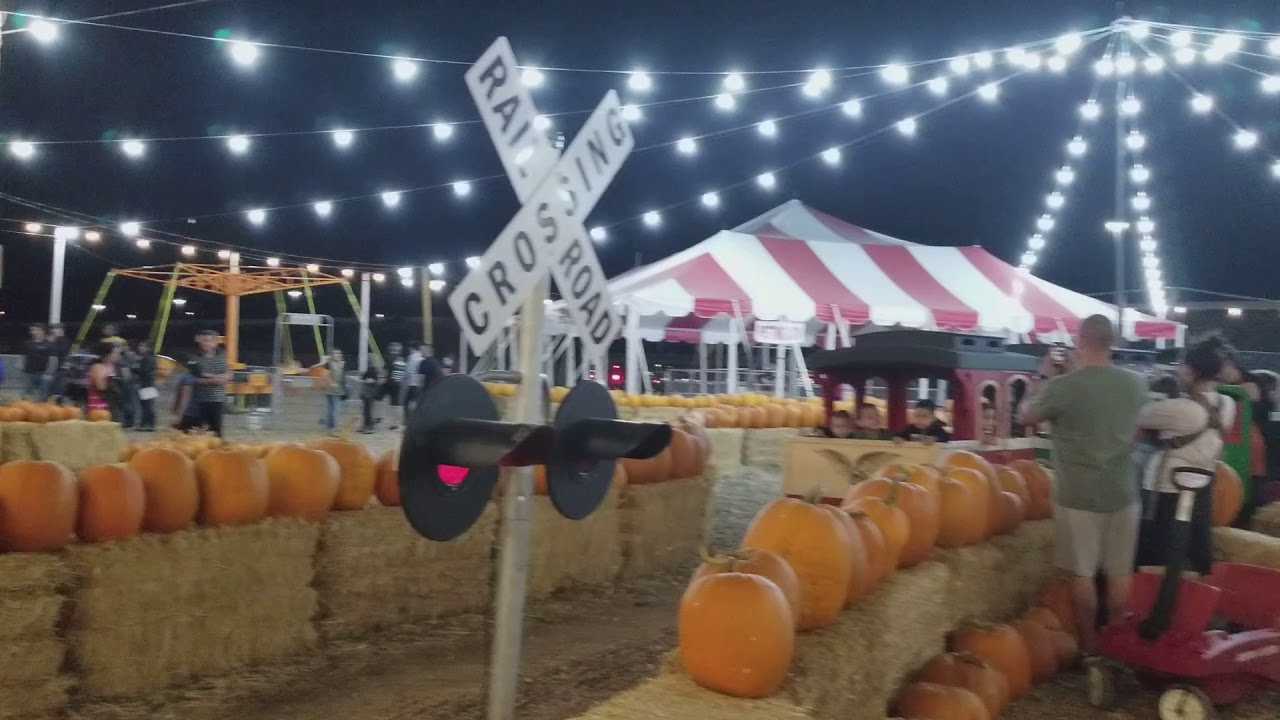 Corn mazes and pumpkin patches near Las Vegas 2018
