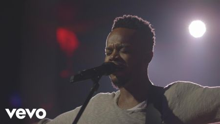 Travis Greene announces See The Light spring 2019 tour