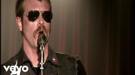 Eagles of Death Metal to release vinyl-only covers album