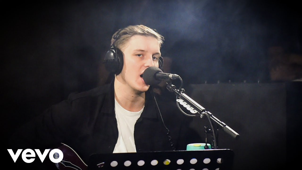 Watch: George Ezra covers Justin Bieber's hit 'Love Yourself' in the BBC Live Lounge