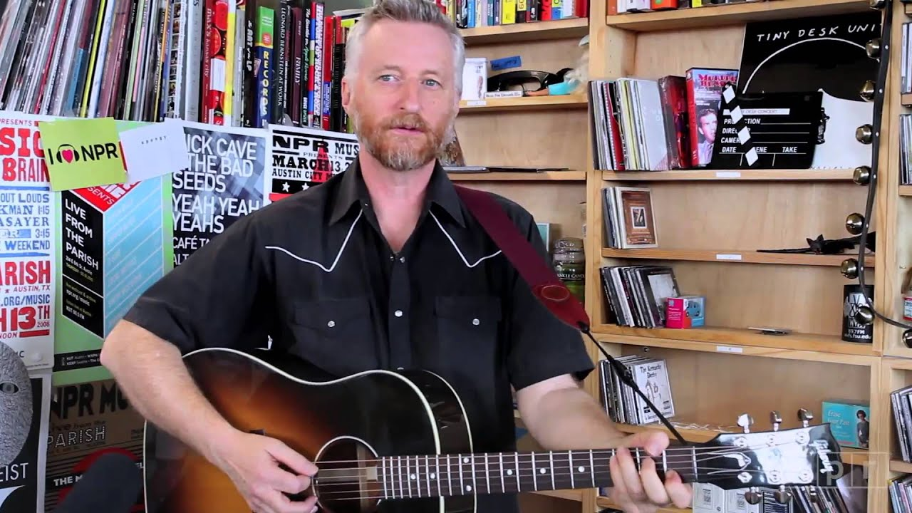 Billy Bragg bringing One Step Forward, Two Steps Back 2019 tour to The Sinclair