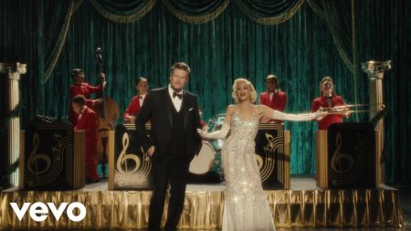 Watch: Gwen Stefani and Blake Shelton drop cute 'You Make It Feel Like Christmas' video