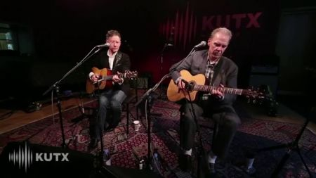 Lyle Lovett announces acoustic performances with John Hiatt 2019