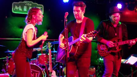 Gustavo Galindo & Debi Nova perform 'Isla de Sal' live in LA, premiere music video