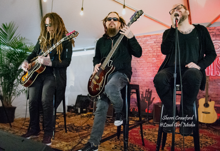 Korn plays an exclusive acoustic set at Carolina Rebellion in the Zippo Sessions tent. The band will headline Day 1 of the 2019 Epicenter  F