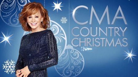 7 best musical moments from 'CMA Country Christmas 2018'