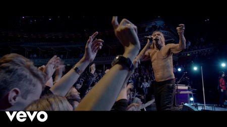 Iggy Pop set to executive produce music documentary 'Punk'
