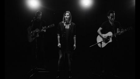 Cassadee Pope plots first new album in five years, 'Stages'