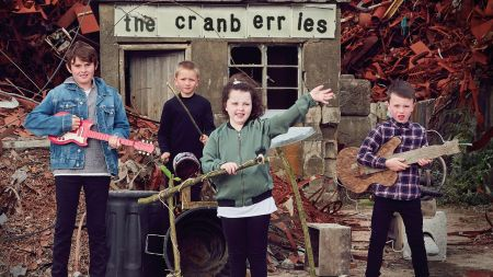 The Cranberries release preview and details for final album with Dolores O'Riordan, 'In The End'
