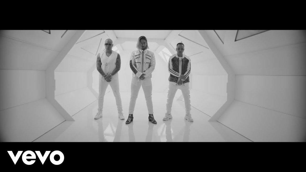 Wisin y Yandel & Maluma space out in 'La Luz' music video