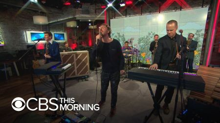 Watch: Guster plays three tracks from new album 'Look Alive' on CBS 'Saturday Sessions'