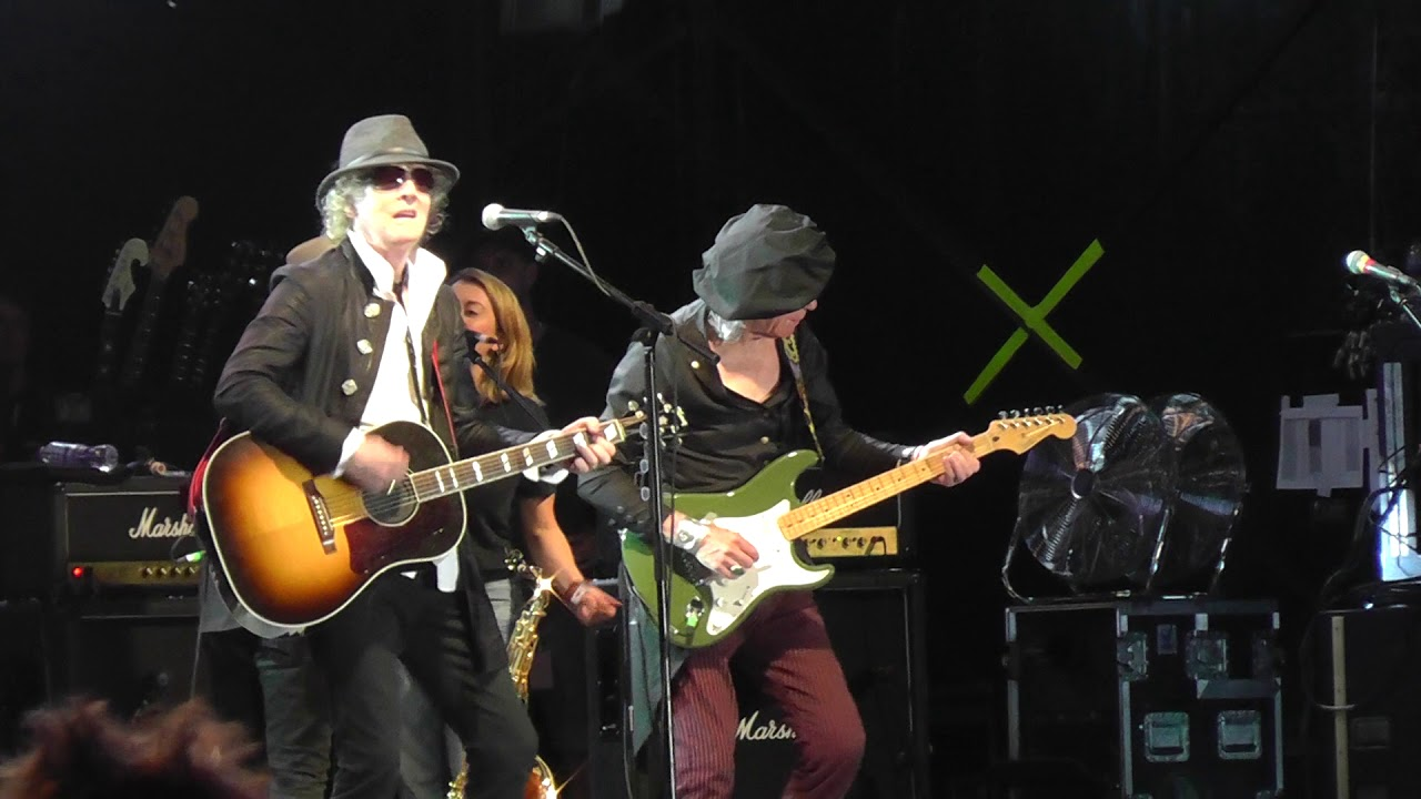 Mott the Hoople reunites for first U.S. tour in 45 years