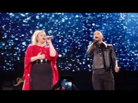 Kelly Clarkson comes full circle with Meaning of Life Tour stop in L.A.