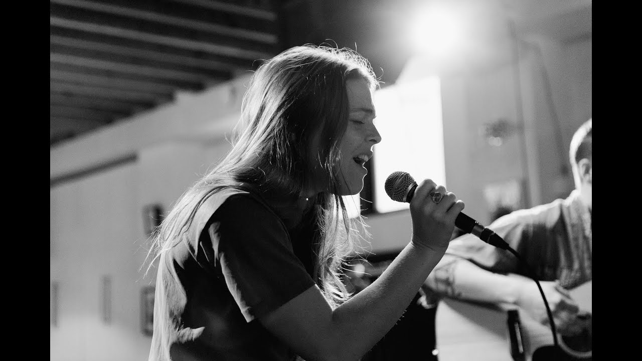 Watch: Maggie Rogers puts acoustic spin on Whitney Houston's 'I Wanna Dance With Somebody'