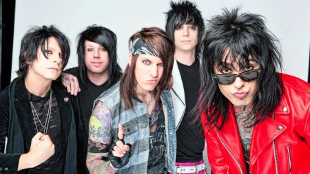 "Falling In Reverse in ""Caught Like A Fly"""