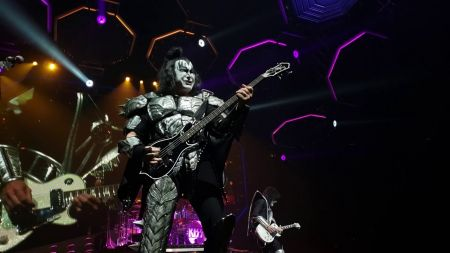 Watch: KISS performs 'Deuce' at farewell tour stop in Dallas
