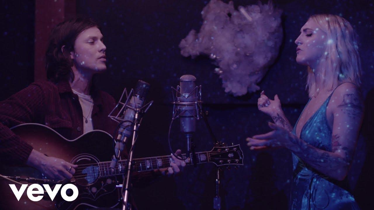 James Bay & Julia Michaels shine in live 'Peer Pressure' video