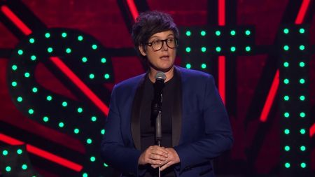 Hannah Gadsby announces 'Douglas' World Tour 2019