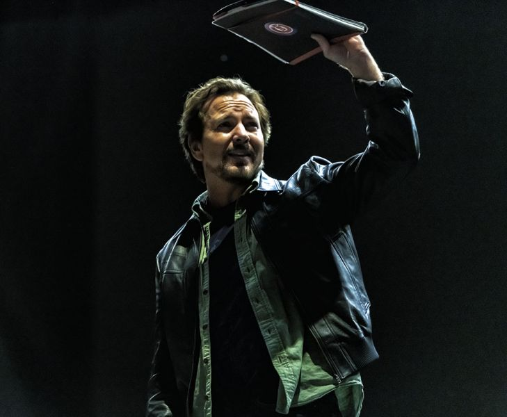 Photos: 5 reasons to see Eddie Vedder live - AXS