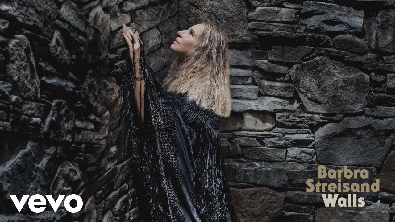 Barbra Streisand announces 2019 headline show in London at Hyde Park