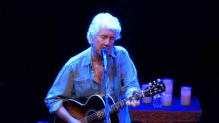 Graham Nash to perform first two solo albums on new US fall tour dates