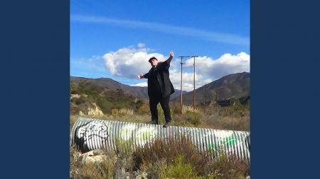 Listen: Kid Villero offers 'Paradise' on debut single with El Random