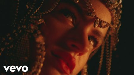 Rosalía announces 'El Mal Querer' Tour 2019
