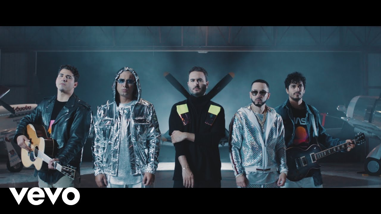 Reik teams up with Wisin & Yandel in 'Duele' music video