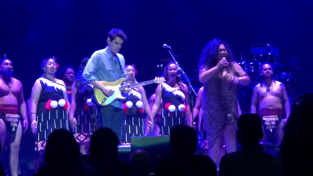 Watch: John Mayer pays tribute to Christchurch victims at show in Auckland