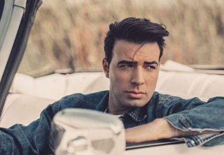 Interview: JEN talks new single 'Irremplazable,' playing Jesus