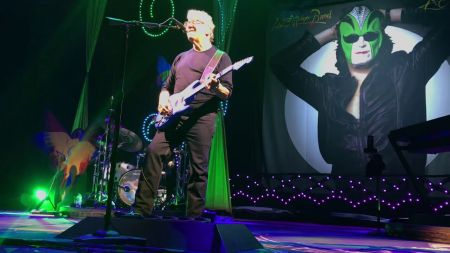 Steve Miller Band & Marty Stuart and His Fabulous Superlatives announces summer tour 2019