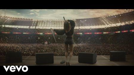 Maren Morris announces fall 2019 dates for Girl: The World Tour