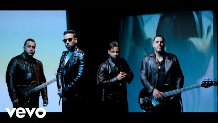 Romeo Santos reunites with Aventura in 'Inmortal' music video
