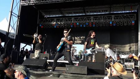 5 reasons to see Less Than Jake live