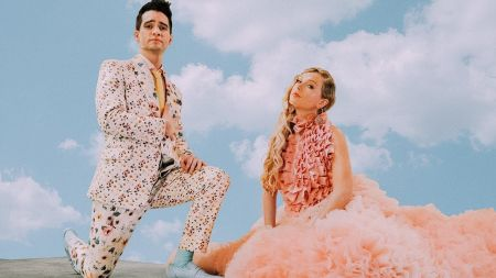 Taylor Swift to open 2019 BBMAs with worldwide debut performance of 'ME!' feat. Brendon Urie