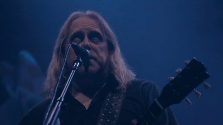 Gov't Mule announce 2019 Red Rocks show with Ryan Bingham