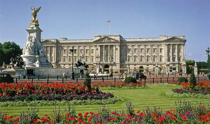 Buckingham Palace State Rooms tickets at Buckingham Palace State Rooms, London