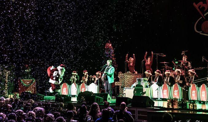 Siriusxm Christmas 2019.The Brian Setzer Orchestra S 16th Annual Christmas Rocks