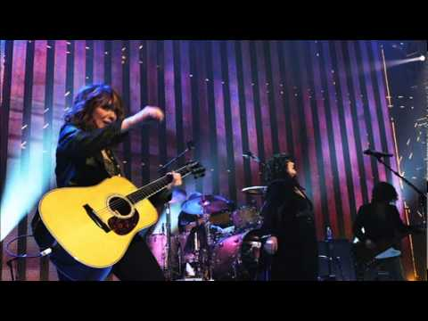 Heart sisters Ann and Nancy Wilson to reunite at Love Rocks NYC