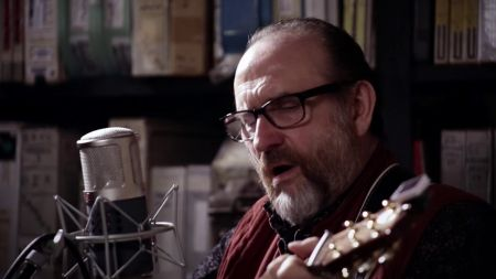 Colin Hay announces 2020 solo tour dates