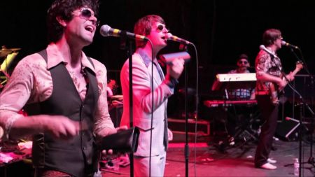 Yacht Rock Revue announces 2020 dates for The Hot Dads in Tight Jeans Tour