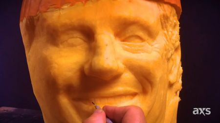 Watch: King of Country George Strait transforms into pumpkin to celebrate Halloween