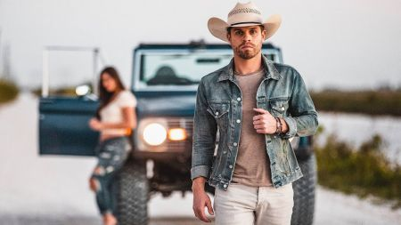 Dustin Lynch announces dates for 2020 Stay Country Tour