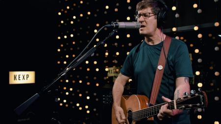 The Mountain Goats announces 2020 US dates with Laura Cortese & The Dance Cards